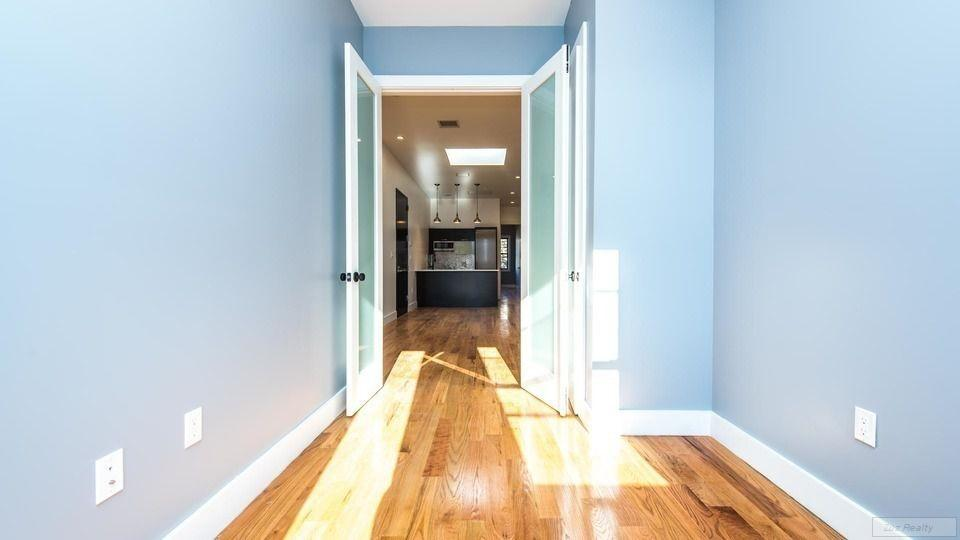 4 Apartment in Ridgewood