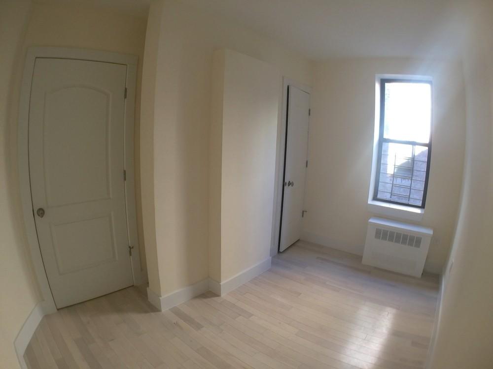 1 Apartment in Brighton Beach