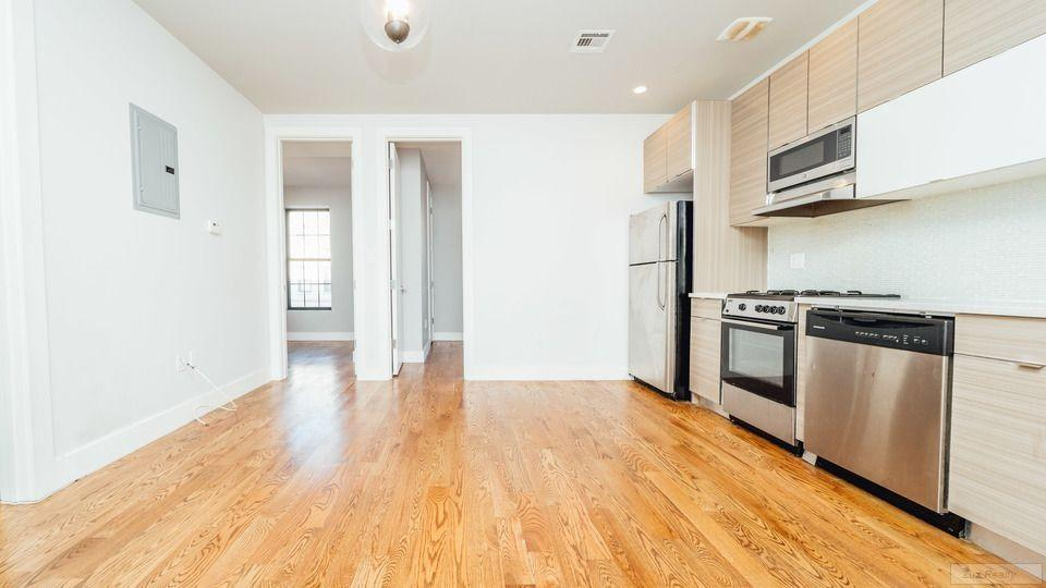 3 Apartment in Crown Heights