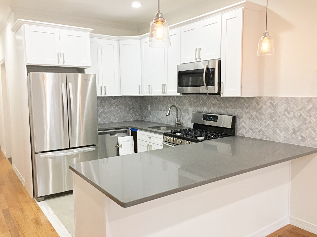 East New York 3 Bedrooms Apartment For Rent 87 Nichols Ave 1 Photo