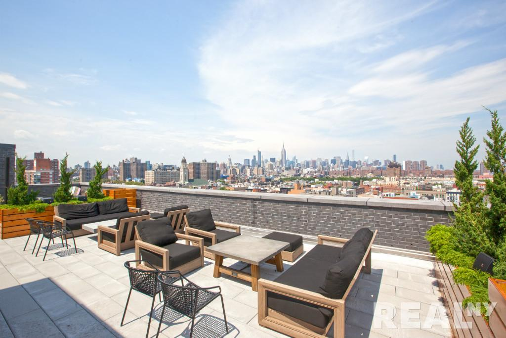 Shared rooftop deck
