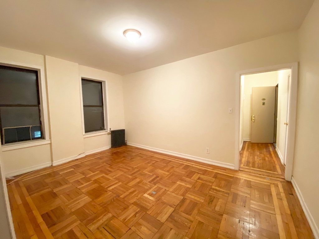 1 Apartment in Borough Park