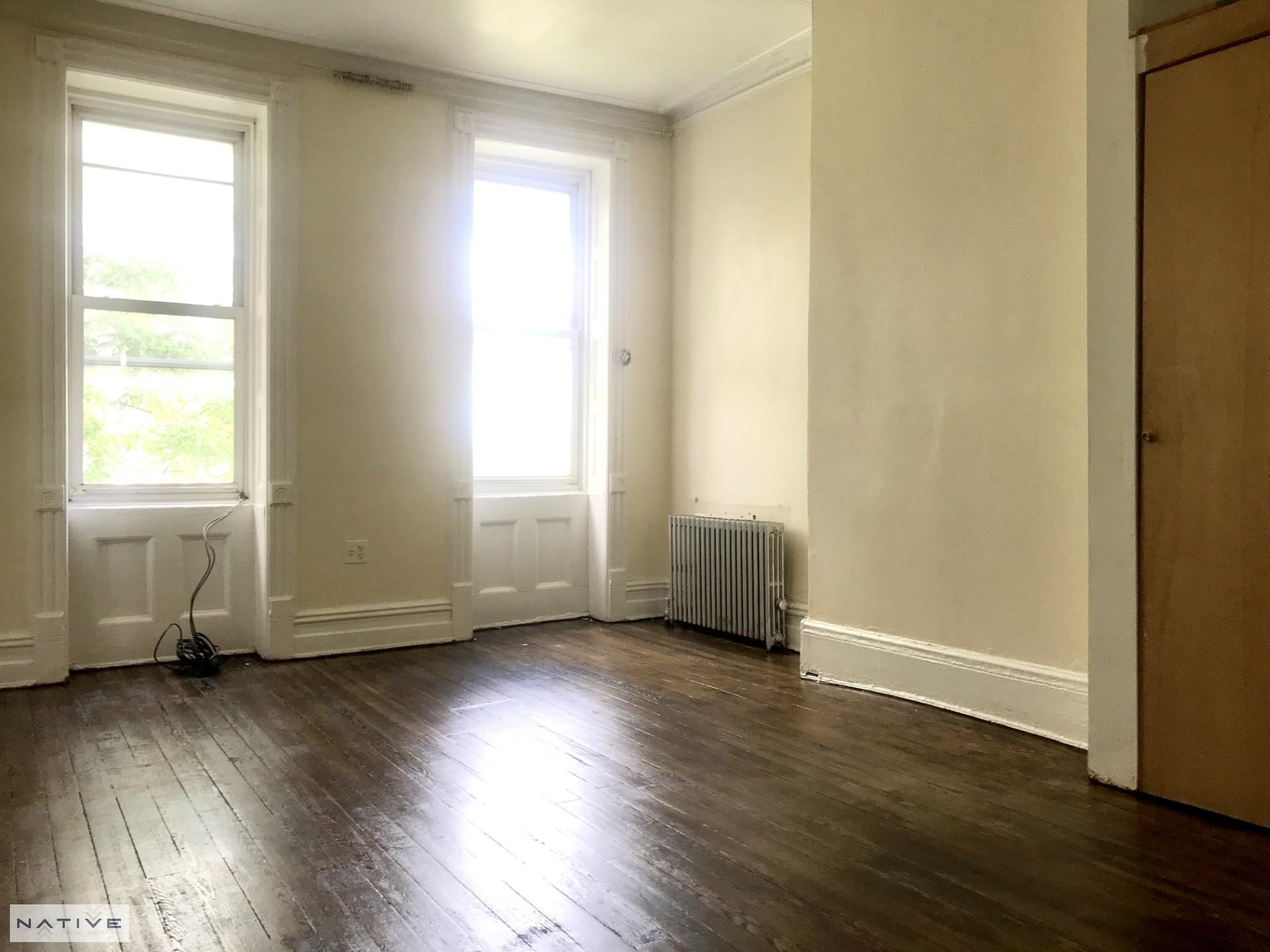 100 Huron Street, Apt 4L, Brooklyn, New York 11222