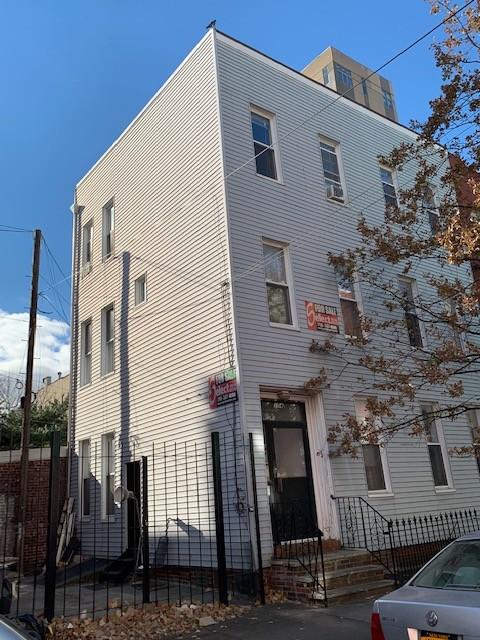 154 North 8th Street, #