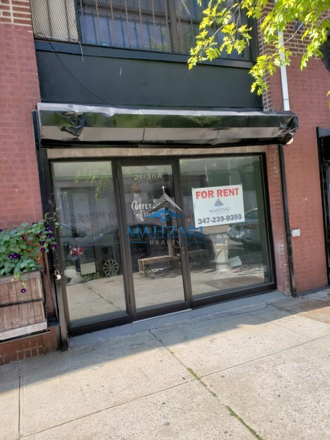 Commercial Commercial in Long Island City