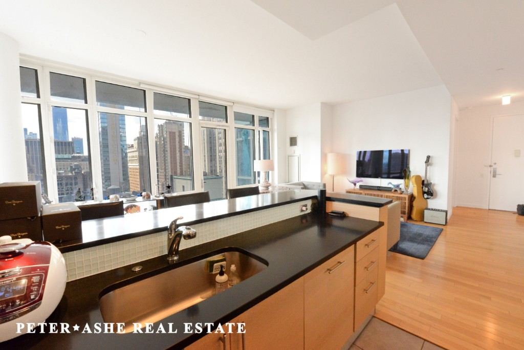 325 5TH AVE., #26F