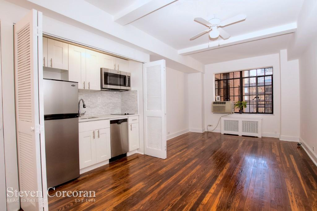 1 Coop in Midtown East