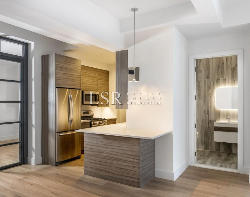 4 Apartment in Tribeca South