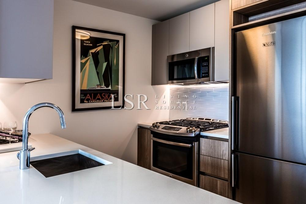 1 Apartment in Long Island City