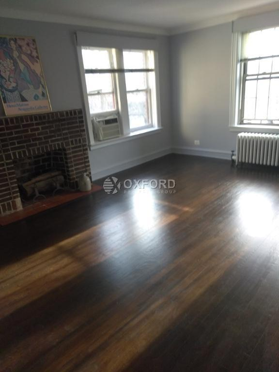 150 Burns st, Forest Hills, NY - 4,300 USD/ month