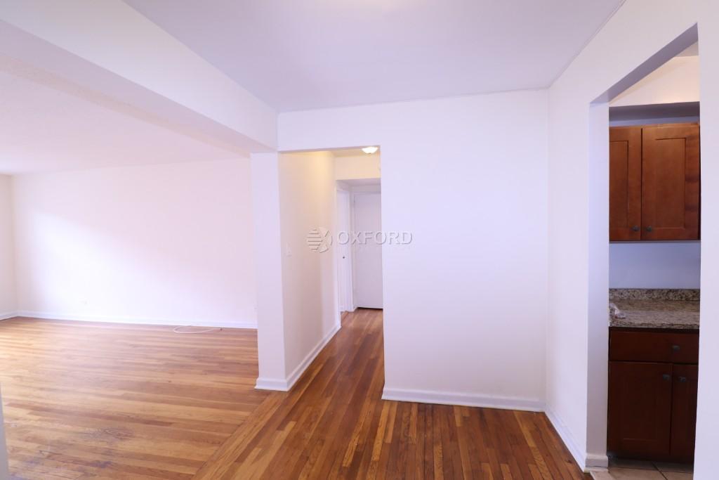 34-15 PARSONS BLVD, Flushing, NY - 2,200 USD/ month