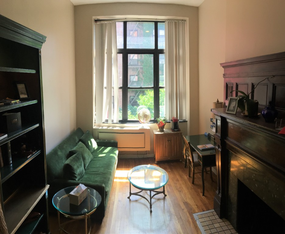 32 West 86th Street 2b New York Ny 10024 New York Apartments Upper West Side Studio Apartment For Rent