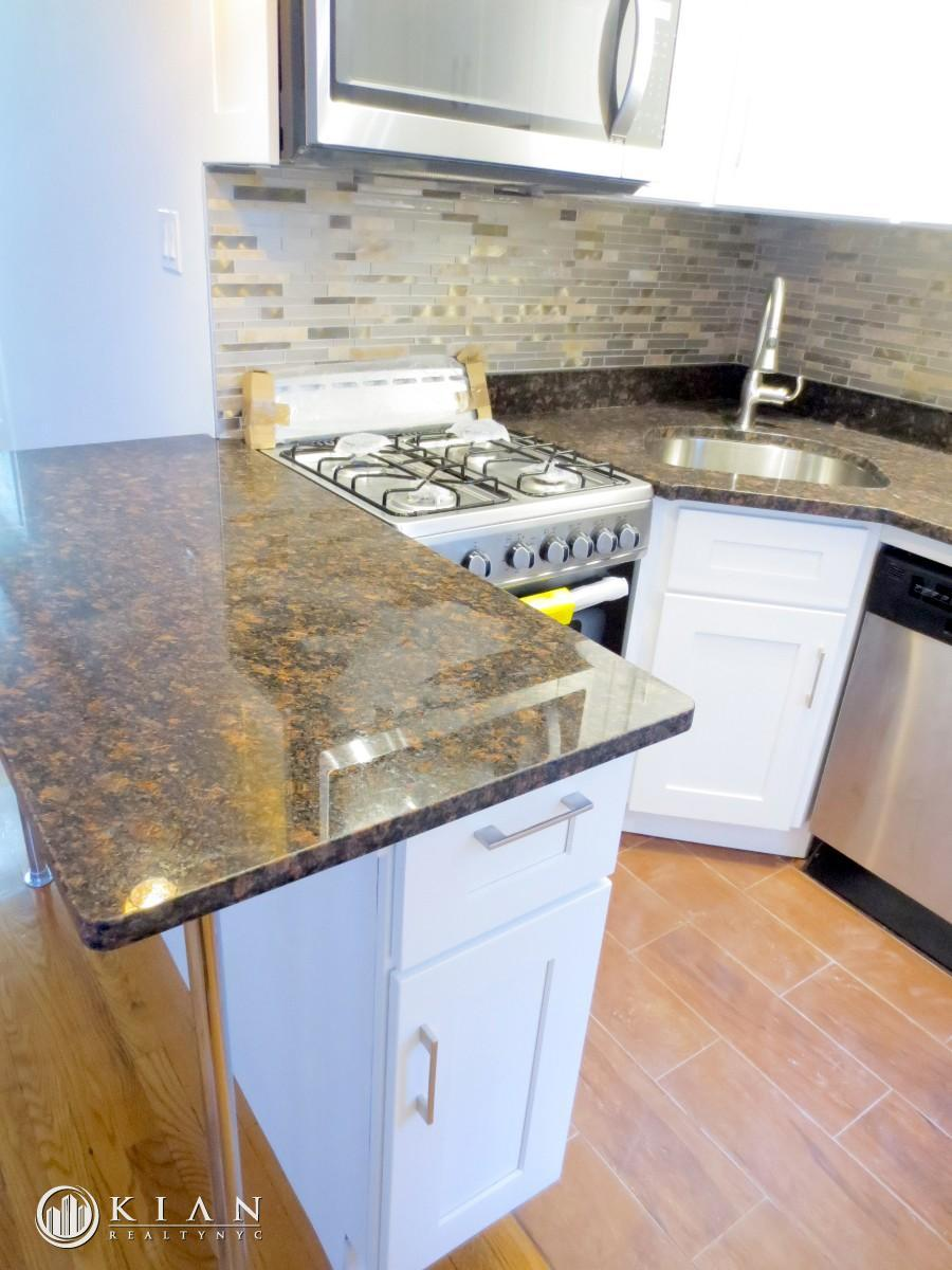 witchen w wide countertop
