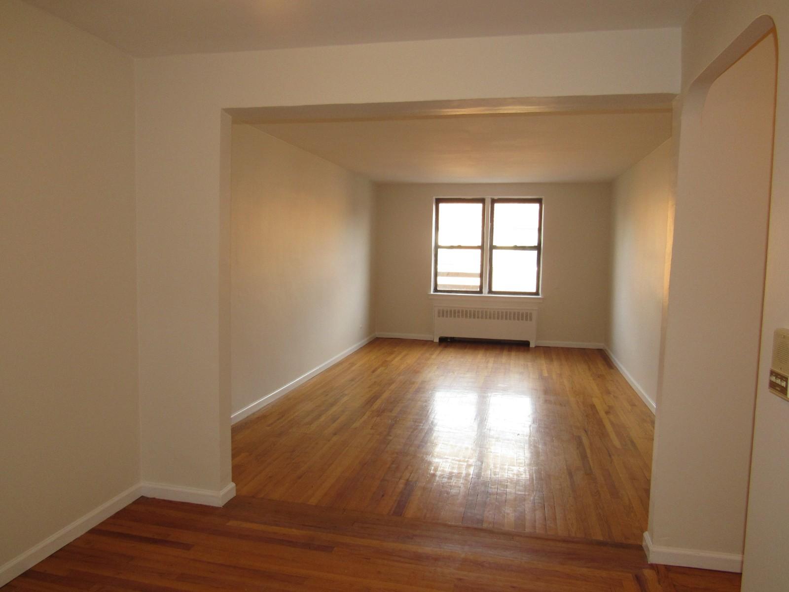 Queens Boulevard Queens Apartments Rego Park 1 Bedroom Apartment