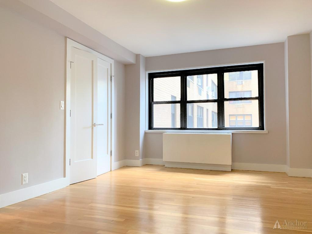 4 Bedroom Apartment in Midtown East