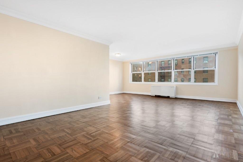 No Fee! Columbus Circle, Central Park, Stylish 24DM bldg. XL Jr4! Double Exposure!