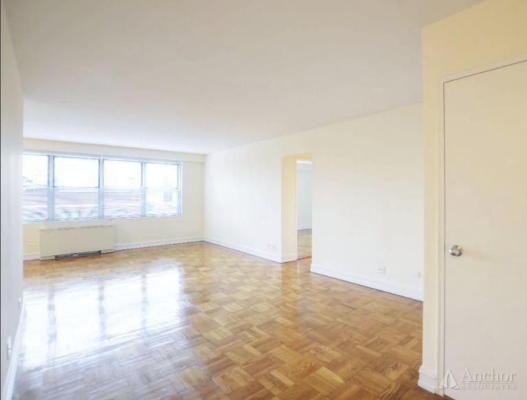 1.5 Bedroom Apartment in Midtown East