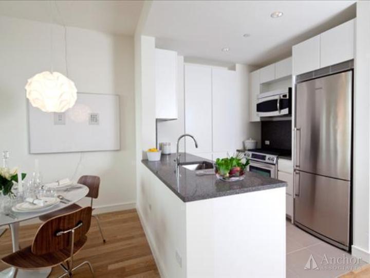2.5 Bedroom Apartment in Chelsea