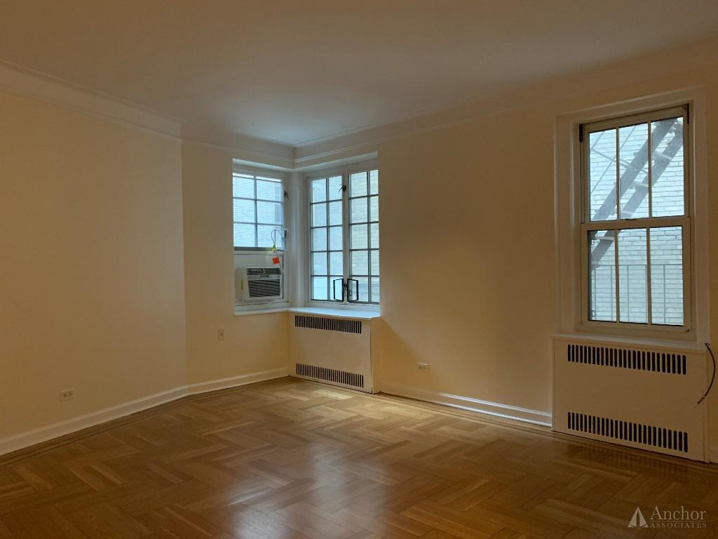 Studio Apartment in West Village