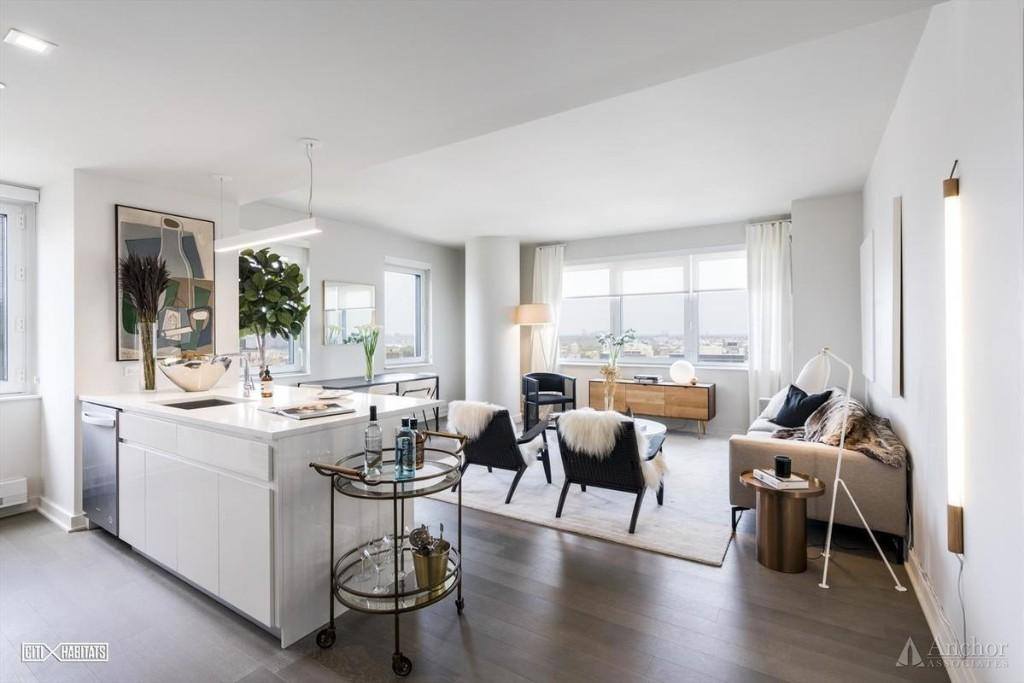 3 Bedroom Apartment in Long Island City
