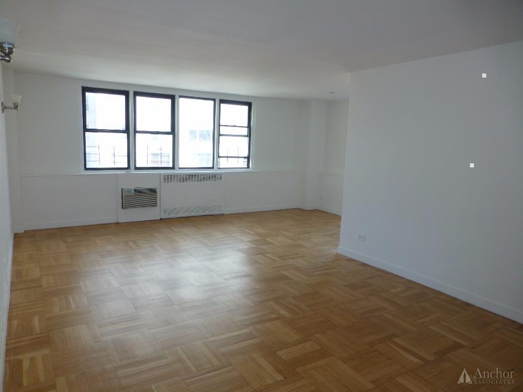 3.5 Bedroom Apartment in Upper East Side