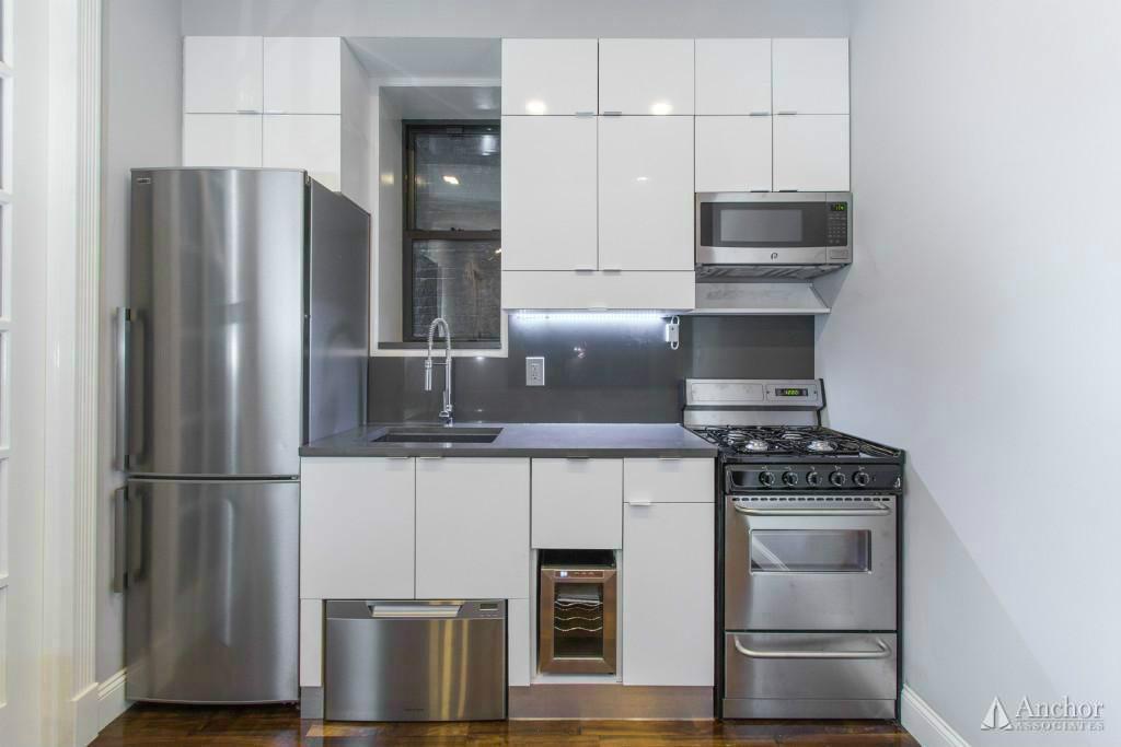 4 Bedroom Apartment in Clinton