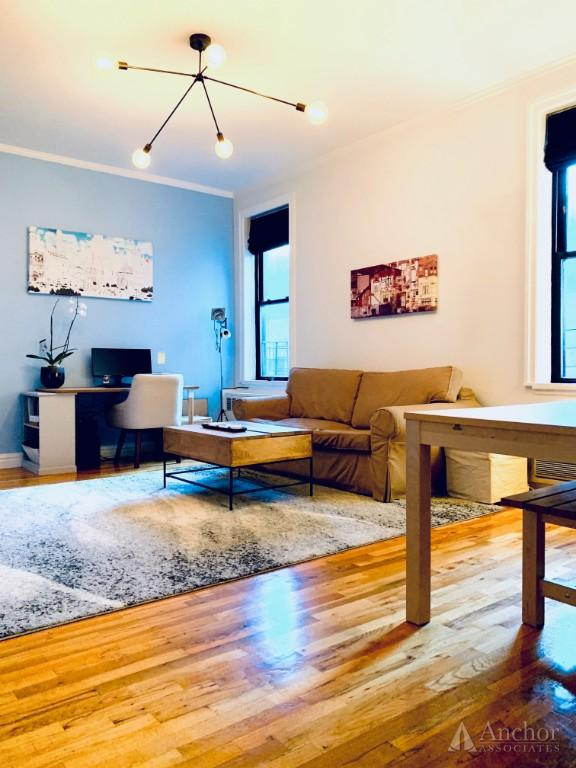 1 Bedroom Coop in Chelsea
