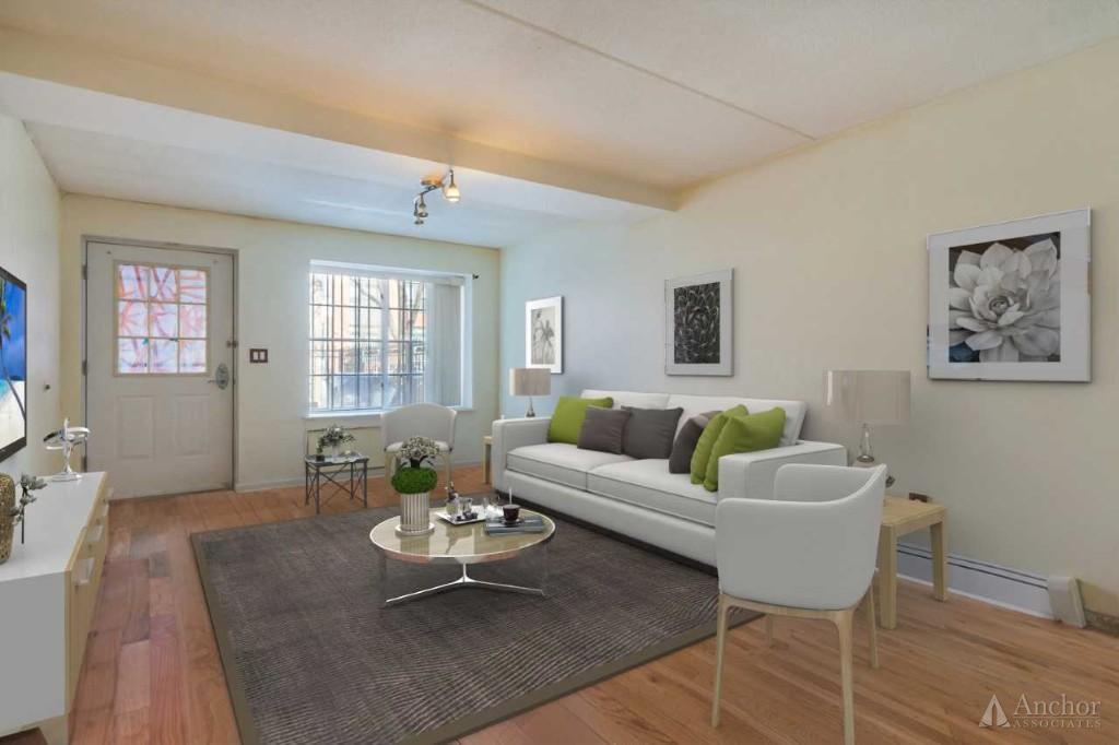 2 Bedroom House in Brooklyn