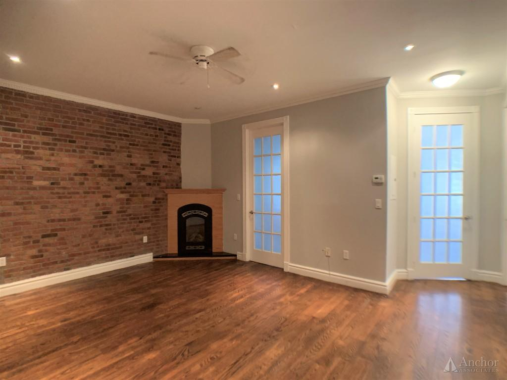 NO FEE! ONE MONTH FREE! Three bed, Two bath, East Village, fully renovated, high end finishes.