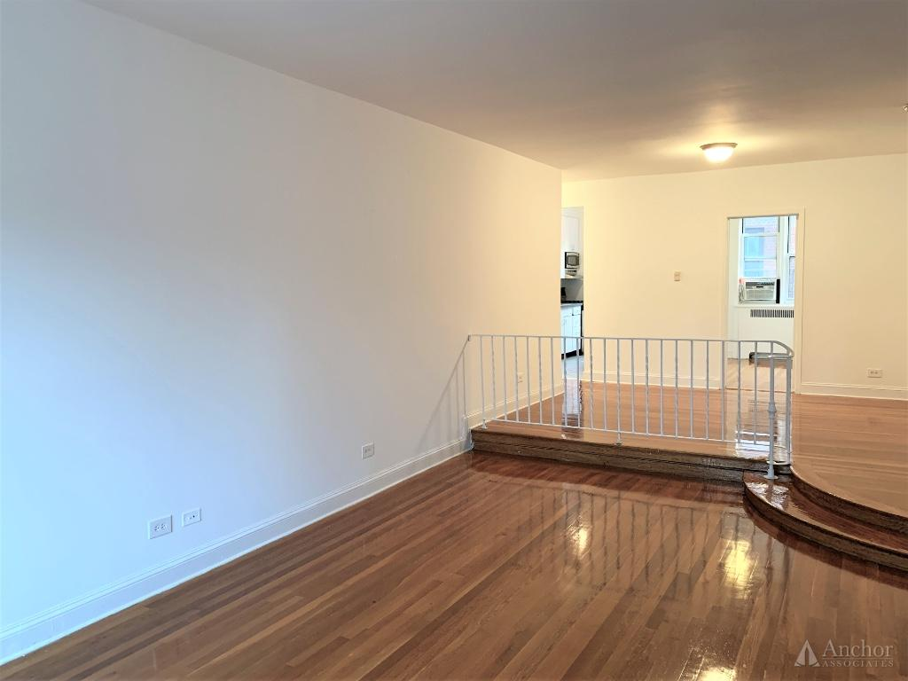 3 Bedroom Apartment in Midtown