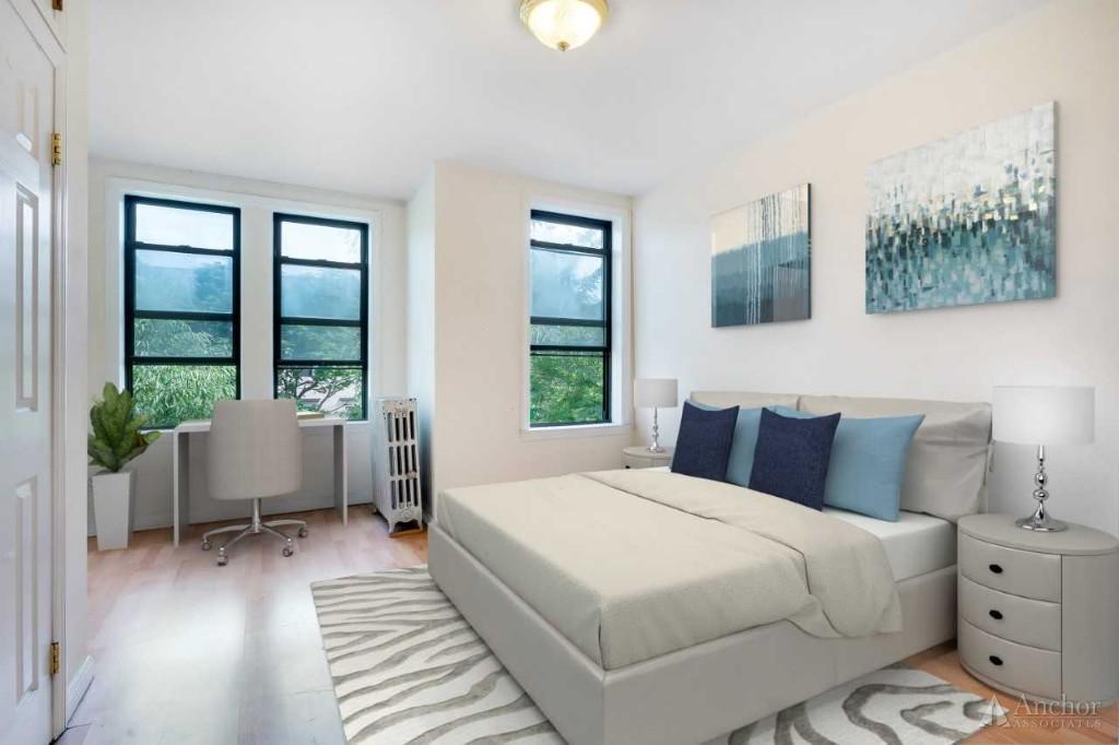 2 Bedroom House in Queens