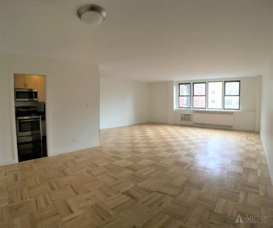 2 Bedroom Condo in Upper East Side