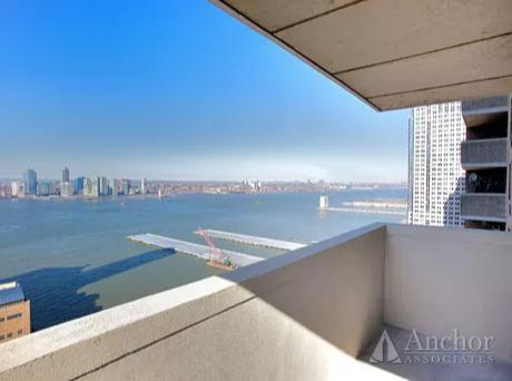 2 Bedroom Apartment in Tribeca