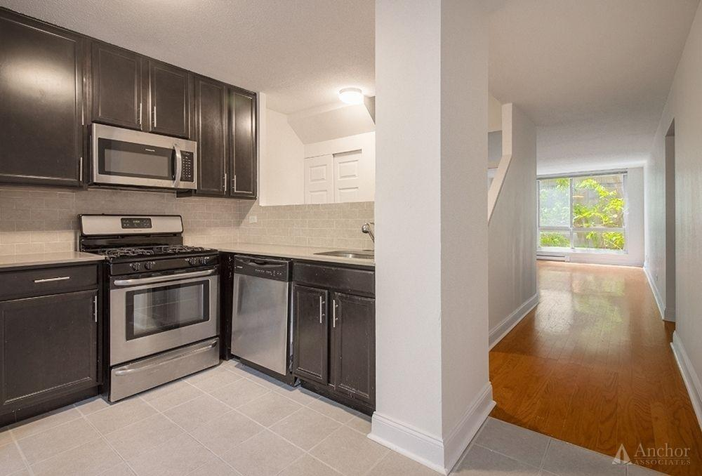 2 Bedroom Apartment in Roosevelt Island