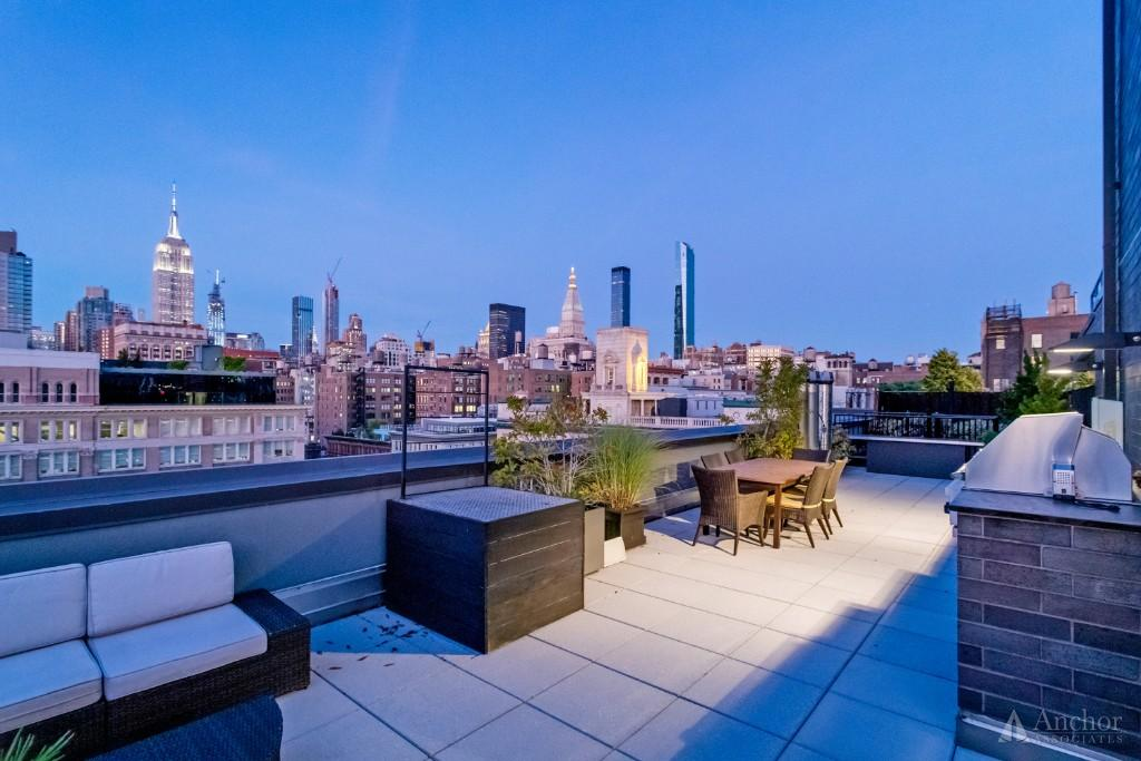 3 Bedroom Condo in Chelsea