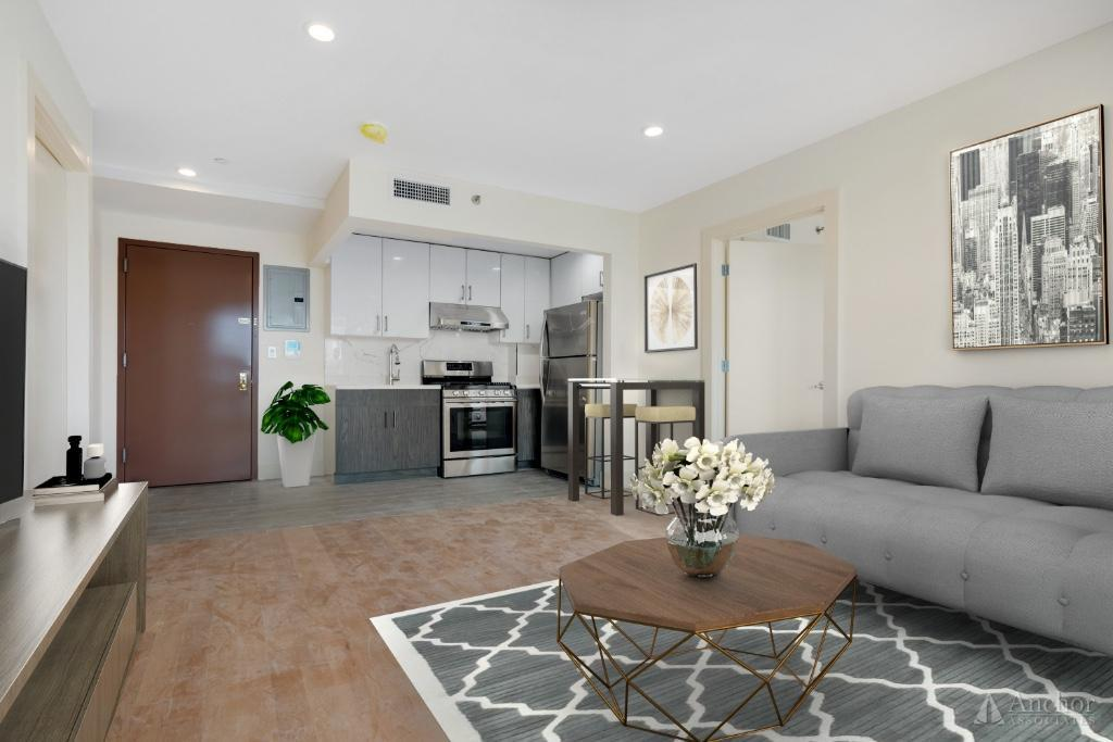 2 Bedroom Apartment in Long Island City