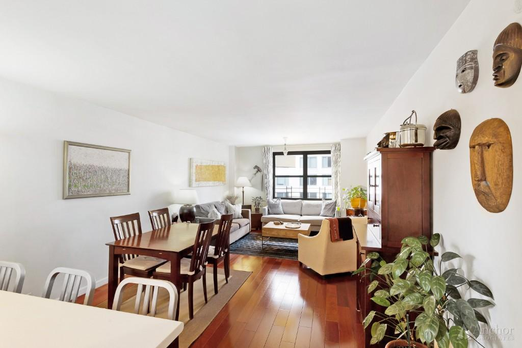 3 Bedroom Coop in Gramercy Park