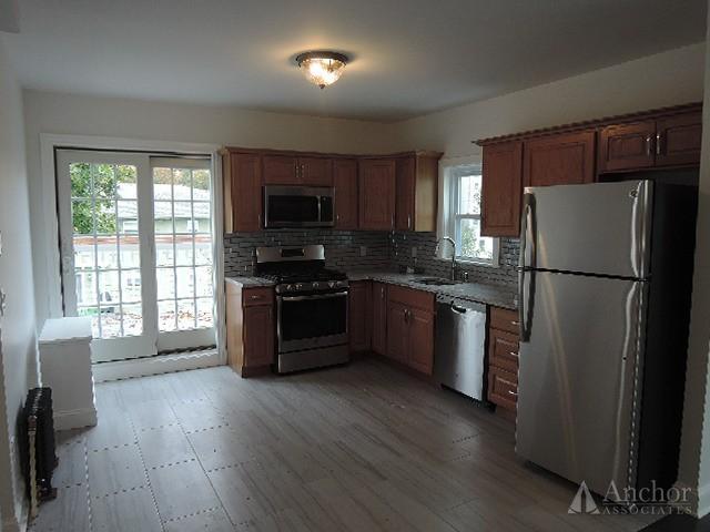 3 Bedroom Apartment in Pelham