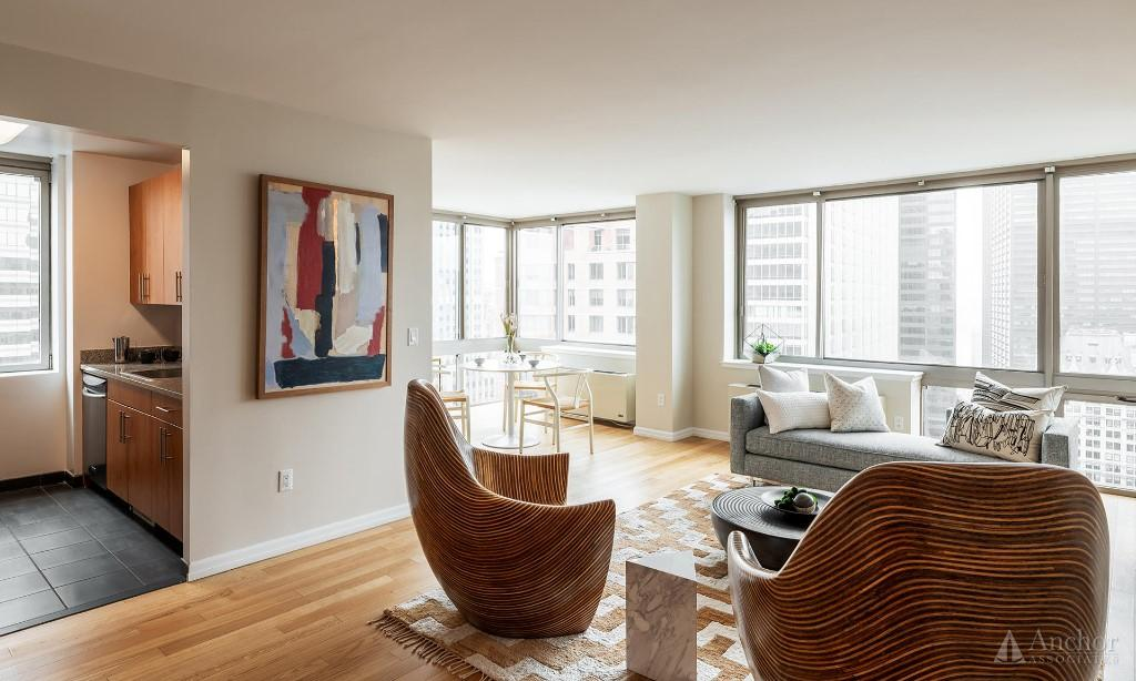 3 Bedroom Apartment in Financial District