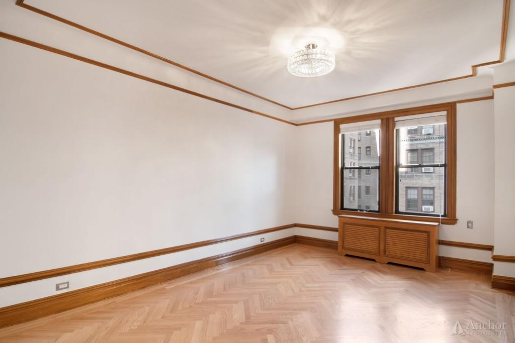 4 Bedroom Apartment in Upper West Side