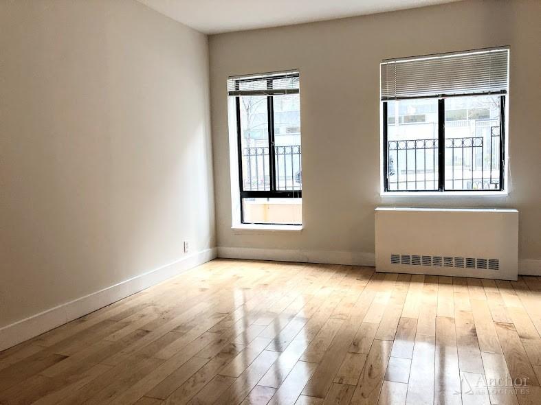 Studio Apartment in Clinton