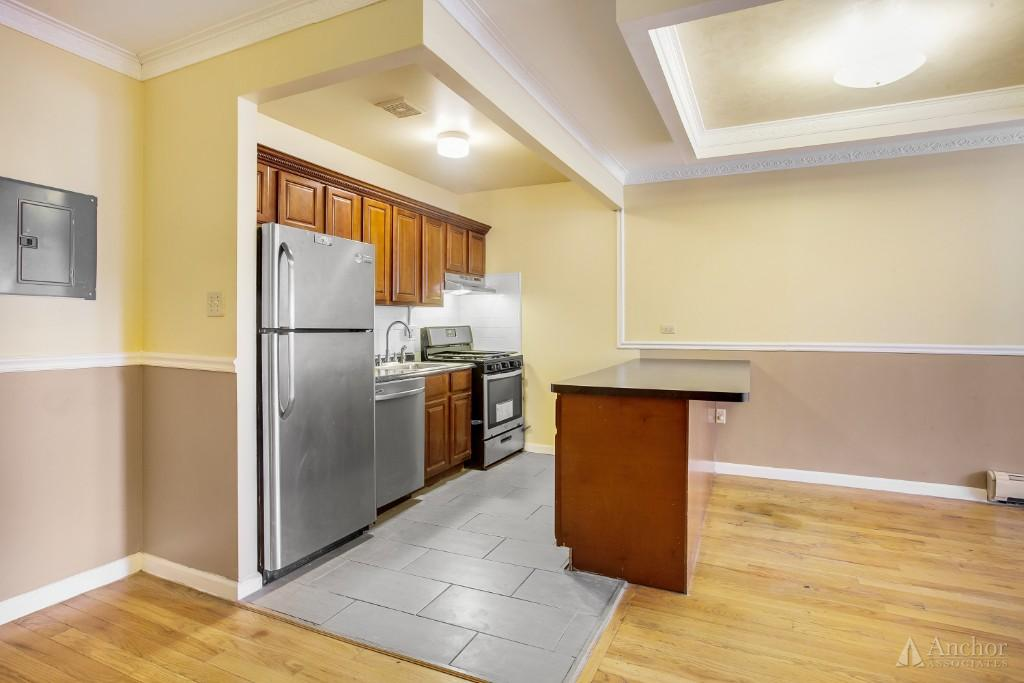 3 Bedroom House in Bronx