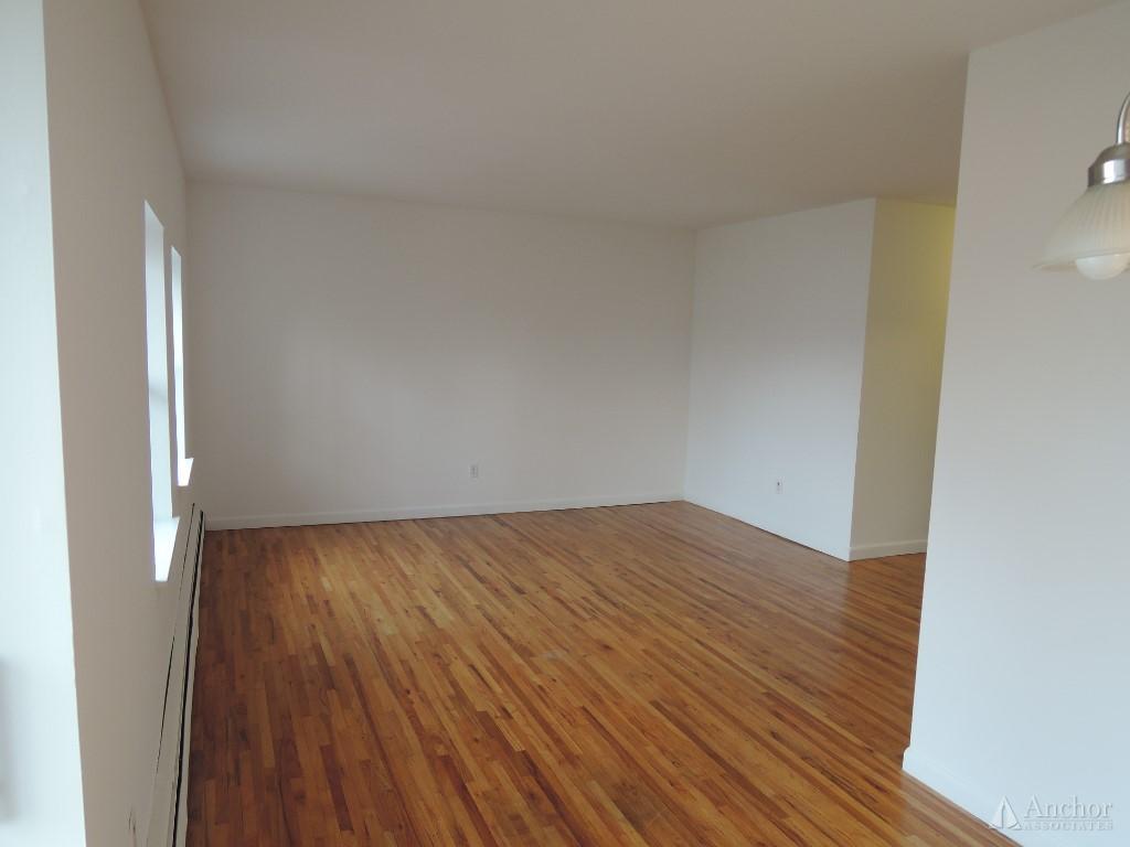 2 Bedroom Apartment in Hastings on Hudson