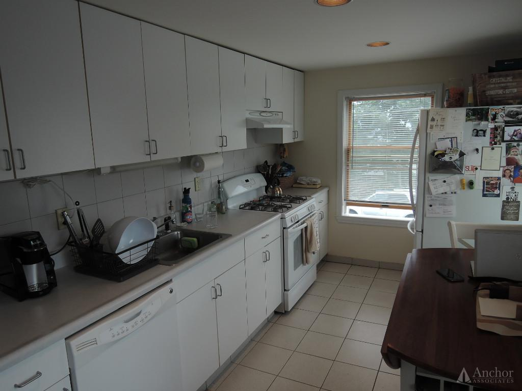 2 Bedroom Apartment in Irvington