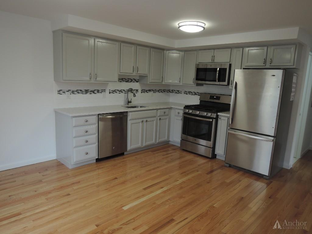 3 Bedroom Apartment in Irvington