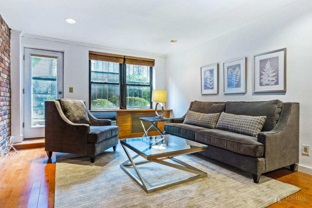 1 Bedroom Coop in Chelsea