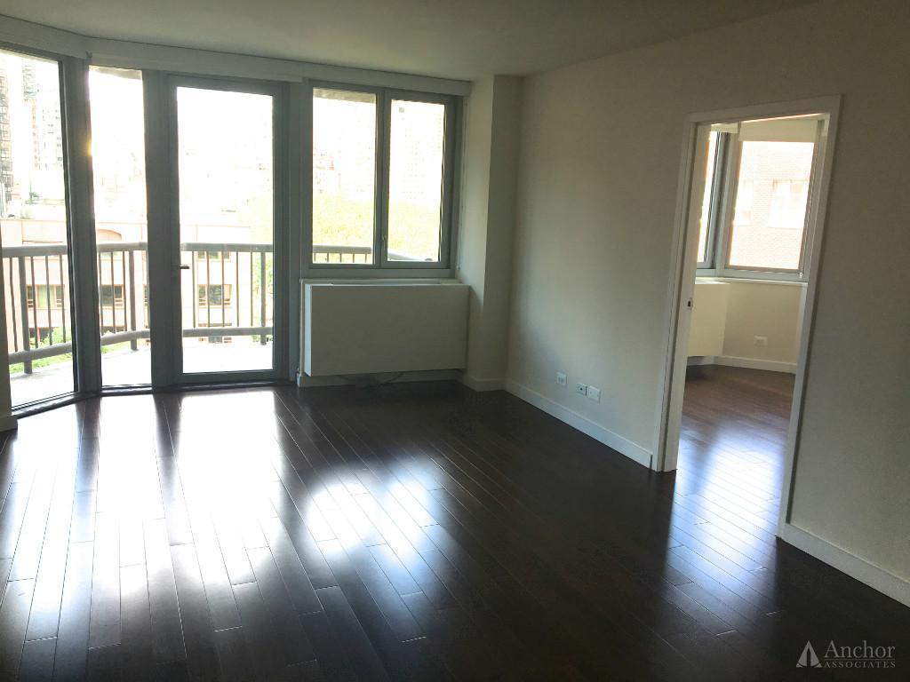4 Bedroom Apartment in Murray Hill