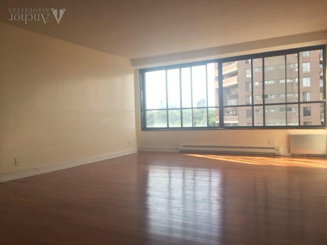 4 Bedroom Apartment in East Harlem