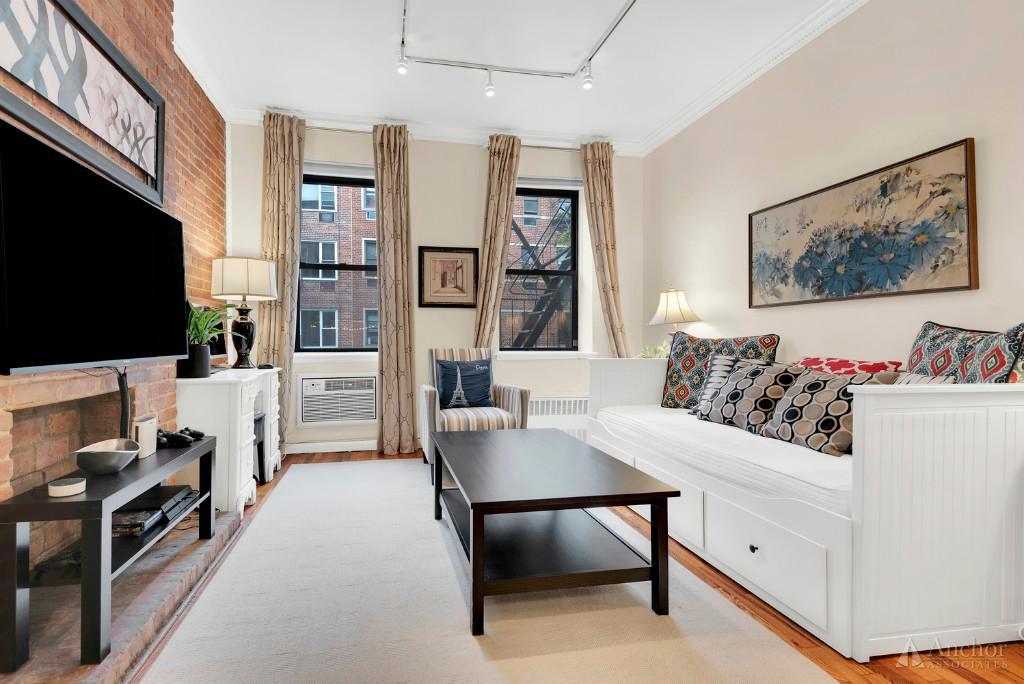 1 Bedroom Coop in Upper East Side