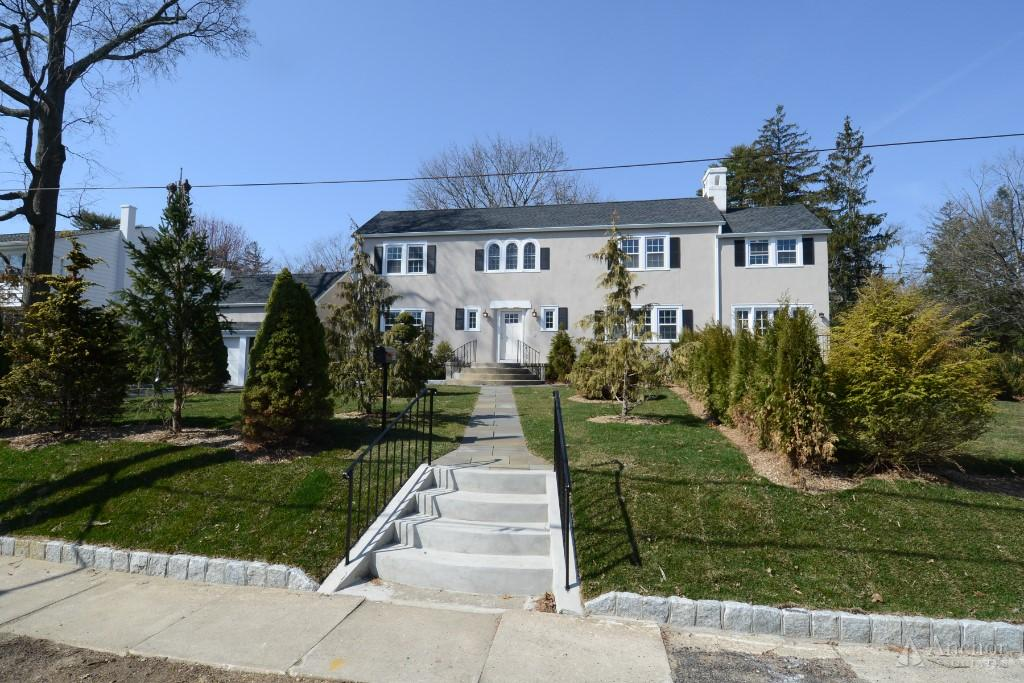 3 Bedroom House in Westchester